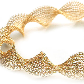 Ruffled gold wire crochet necklace INFINITY elegant gold by Yoola