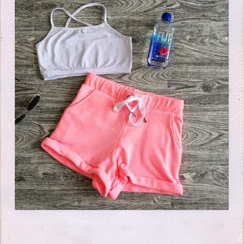 Work It Up Shorts- Neon Pink