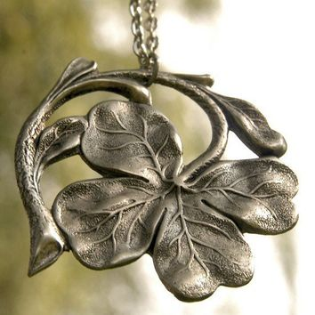 Irish Shamrock Necklace  Silver by ragtrader on Etsy
