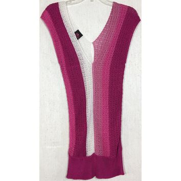 2b Bebe Crochet Knit Top Pink Striped Ombre Fuchsia White Tunic V-Neck Keyhole M