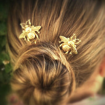 FLASH SALE Bee Hair Pin Gold Bumble Bee Bobby Pins Brass Hair Pins Bee Hair Clips