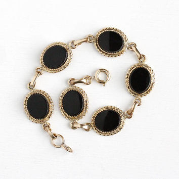 Vintage 12k Rosy Yellow Gold Filled Black Onyx Gemstone Bracelet - Retro 1950s Oval Black Chalcedony Gem Panel Jewelry Signed Burt Cassell