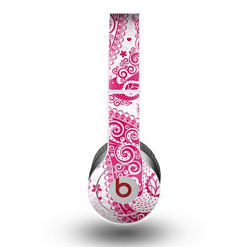 The Pink & White Paisley Pattern V421 Skin for the Beats by Dre Original Solo-Solo HD Headphones