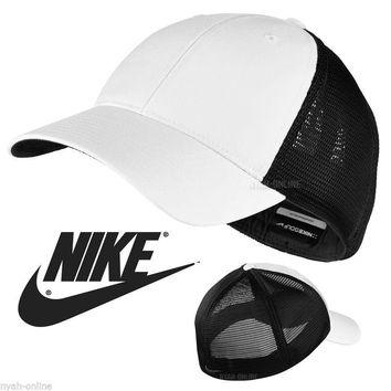 NEW Nike MESH BASEBALL CAP *BLACK* PLAIN FLEXFIT GOLF SWOOSH FITTED PEAK HAT