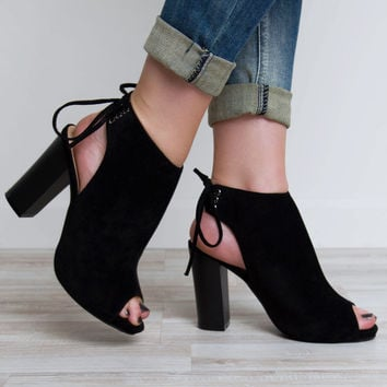 Party People Heels - Black