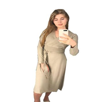 Spring-Autumn Women's Knitted Cashmere Dress Korean Fashionable Sexy High Waist Dress with Long Sleeves and V-Collar