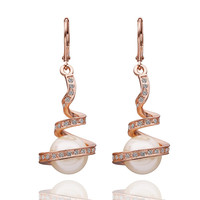 Twisted Rose Gold Plated Pearl Earring