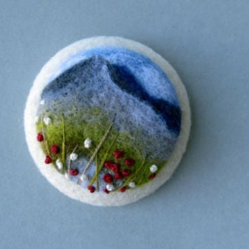 Needle felted brooch,Needle felted brooch with embroidery, Wool felt brooch, Flower brooch,Gift ideas,For her,felted landscapes