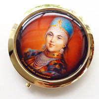 Vintage Russian Princess Mirror Compact Vintage Fashion Cosmetic Accessory