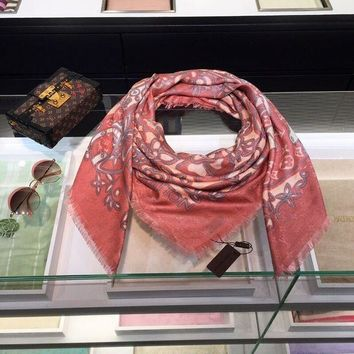 ONETOW LV classic handkerchief scarf design style flower full day scarf