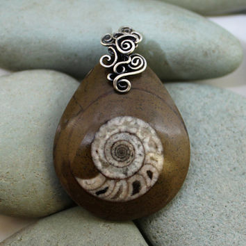 Ammonite pendant made with 925 sterling silver by MoonGlowJewelry