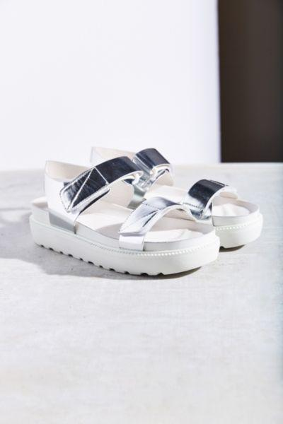 4ebbfaee36 Vagabond Irene Strap Sandal from Urban Outfitters
