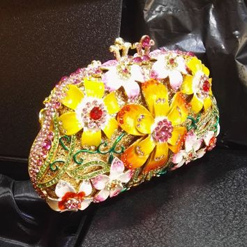 Women Wax Flower Diamand Metallic Bridal Evening Clutches Bags