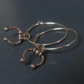 Horseshoe earrings silver hoops / Good luck earrings / Horse shoe jewelry / Equestrian jewelry