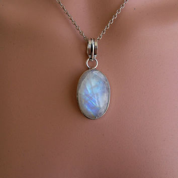 RAINBOW MOONSTONE JEWELRY Pendant Vintage 925 Sterling Silver Lab Rainbow  Moonstone Pendant