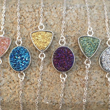 Druzy bracelet, Flat cabochon Druzy (Drusy) Agate dainty bracelet, sterling silver chain, sparkling colors of Druzy, color to your choice