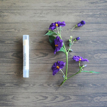 Violet Dew Solid Perfume - Twist Up Tube, Vegan Fragrance, Limited Edition, Floral Scent cij