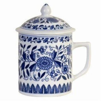 Asian Porcelain Mug for Tea or Coffee with Lid - Beautiful Blue and White Floral Design