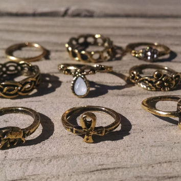 Collection of Midi Rings