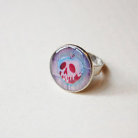 "Poisoned Apple From Walt Disney's 1937's ""Snow White and the Seven Dwarfs"" - Handmade Vintage Cameo Ring"
