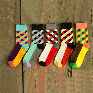 Stripe-Pattern Socks(1-Pair)