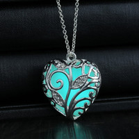 Glowing Necklace hollow out Glowing fashion Jewelry Glow Heart Pendant Women's Glow in the Dark Gifts for Her