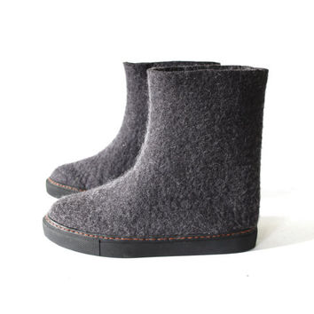 Valenki Wool Boots Black, Rubber Soles Snow Boots, Wool Felt Shoes, Eco Friendly Wool Outdoor  Boots, Handmade Natural Wool Boots for Her