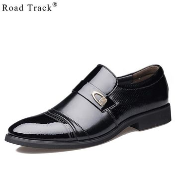 Road Track Pointed Toe Men Shoes Patent Leather Mans footwear Fashion Britain Square Heel Men Shoes