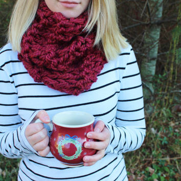 Cranberry Red Knitted Circle Scarf with Double Knit Loop Pattern, Chunky Cozy Fashion Neck Warmer
