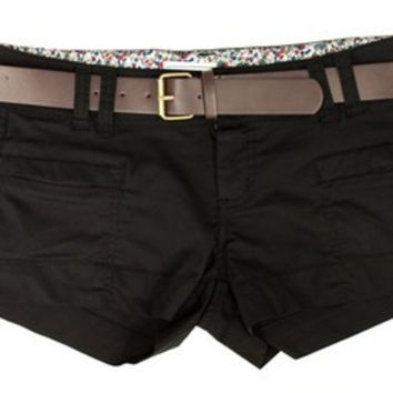 Casual Summer Shorts with Brown leather belt