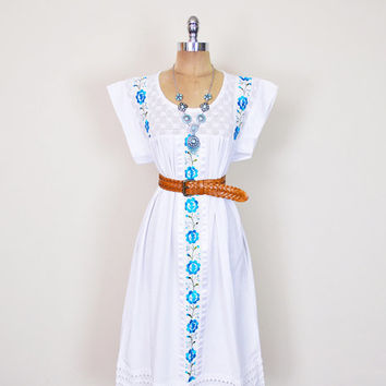Vintage 70s Blue White Mexican Dress Mexican Embroider Dress Crochet Lace Midi Dress Wedding Dress 70s Dress Hippie Dress Boho Dress L Large