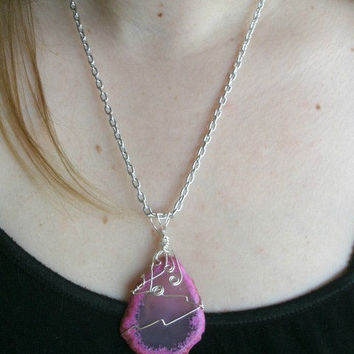 Pink Geode Slice Necklace. Agate. Wire Wrapped in Silver Plated Wire. Metal Chain.
