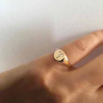 Pinky ring, Signet Ring, Engraved ring, Personalized Ring, men/women ring, Initial ring, Monogram Initial Ring, letter Ring