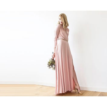 Maxi pink dress with slit