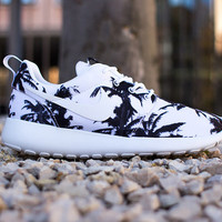 Nike Palm Tree Roshe Run Women