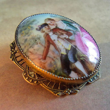 CZECHOSLOVAKIA Porcelain Hand Painted Brooch, Romantic Couple, Filigree, Vintage