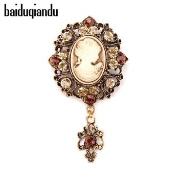 baiduqiandu Vintage Style Diamante Cameo Brooches in Gold and Silver Plated Factory Directly Sale