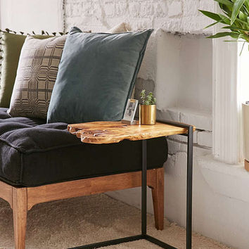 Woodrow Live Edge Wood Side Table   Urban Outfitters