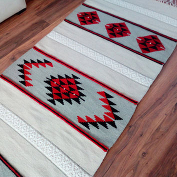 White, red and black handwoven rug, boho rug, handwoven floor rug, white area rug, white rug, white accent rug, white kilim rug
