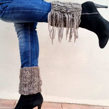 Boho boot cuff, fringes trend, boho knit style, wool boot cuff, boho leg warmers, fringed boot cuffs, boho chic, cozy gift for her,
