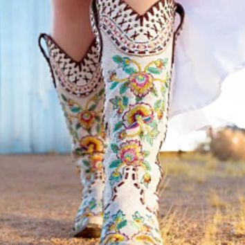 Double D Ranch Almost Famous Boots by Old Gringo ~ White