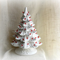 Vintage lighted white Ceramic Christmas tree // Atlantic mold style ceramic Christmas tree // Mid Century Ceramic Christmas Tree on pedestal