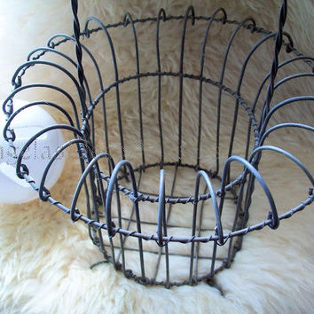 Vintage Wire Basket, Metal Footed Basket, Handle Loops, Shabby Table, Cottage Chic, French Wire, Farmhouse Decor, Egg Basket, Fine Condition