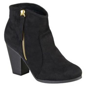Women's Journee Collection Link Faux Suede Booties