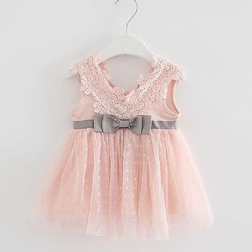 Xemonale Retail-2017 summer newborn V-neck bow lace princess infant dress baby girls dress Honey Baby clothes ball gown 3 color