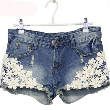 Lace Floral Beading Women Wash Jeans Denim Shorts