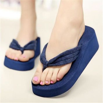 Fashion Online Soft Women Flip Flops Wedges Platform Slippers Beach Thick Heel Sandals Wedge Slippers Wedges Slides Women Summer Shoes