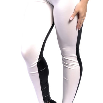 BadAssLeggings Women's White And Black Leggings Medium