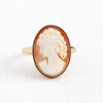 Vintage Cameo Ring - 10k Rosy Yellow Gold Filled Carved Shell Lady Statement - Retro 1950s Size 7 1/4 Signed U Arrow Uncas 50s Jewelry