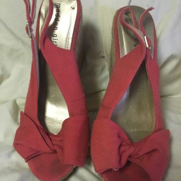 Madden Girl Red Wedged Sandals, 8.5, Great Condition!